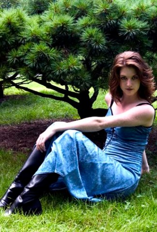 Sara, 2004