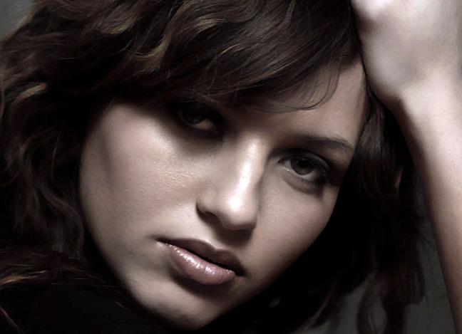 beauty_portrait_by_lizzusev